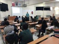 Kars VHO 'Buzağı Tendon Problemleri' eğitimi verildi