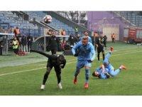 TFF 1. Lig: Osmanlıspor FK: 0 - Altay: 0