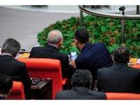 CHP Grup Başkanvekili Özel'in, Kılıçdaroğlu'na gösterdiği fotoğraflar merak uyandırdı