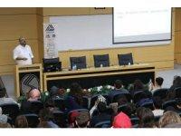 'Seninle Bir Adım Önde' etkinliği SAÜ'de düzenlendi