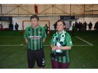Kocaelispor'un efsane futbolcuları Efe'yi anma programında buluştu