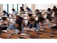 Torbalı'daki deneme sınavında binlerce öğrenci bilgilerini test edecek
