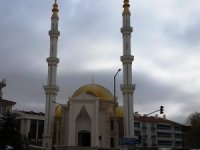 Kulu'da yenisi yapılan Halime Hatun Kubbeli Camisi ibadete açıldı
