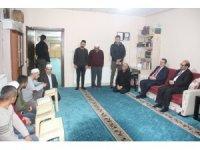 Vali Akbıyık'tan Kur'an-ı Kerim öğrenen işitme engellilere ziyaret
