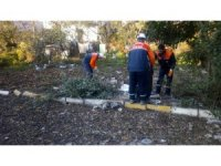 Körfez Belediyesi ekiplerinden temizlik ve hijyen mesaisi