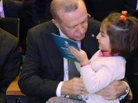 Emetli Meryem Nisa doğum günü hediyesini Cumhurbaşkanı Erdoğan'dan aldı