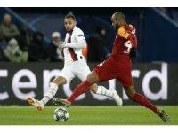 UEFA Şampiyonlar Ligi: Paris Saint-Germain: 2 - Galatasaray: 0 (İlk yarı)