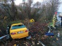 TIR ile özel araç şarampole uçtu: 4 kişi yaralandı