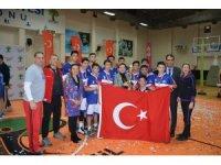 Türkiye'nin efsane okulu GKV, Kurtuluş Kupasını kazandı
