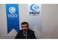 """Şenol, """"Doğu Türkistan'ın sesine kulak verin"""""""