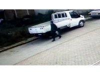 Samsun'da araçtan hırsızlık kamerada