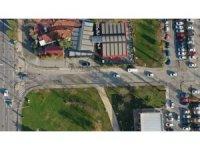 İzmit sahilindeki otoparkın çıkışındaki trafik problemine çözüm