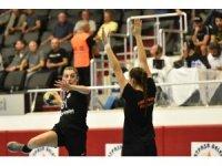 Kadın Hentbol takımında gençlik başarısı