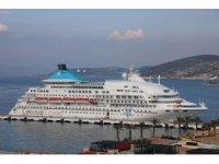 Kuşadası Limanı'nda tüm zamanların Aralık ayı rekoru bekleniyor