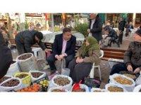 Türkiye'nin konuştuğu Zeynep nine artık gönlünce satış yapıyor
