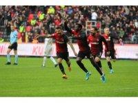 Süper Lig: Gaziantep FK: 3 - Kayserispor: 0 (Maç sonucu)