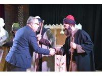 Tiyatro oyunuyla Yunus Emre'nin hayatından kesitler sunuldu