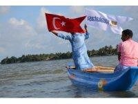 Sadakataşı'ndan Sri Lanka'da balıkçı teknesi dağıtımı
