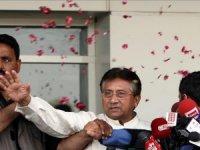 Eski Pakistan lideri Müşerref idama mahkûm edildi
