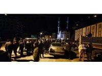 Kaçak yapıların yıkımında vatandaşlar ve güvenlik güçleri arasında arbede