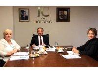 AİÇÜ Rektörü Prof. Dr. Karabulut, IC Vakfı yöneticileri ile bir araya geldi