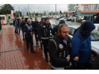FETÖ'nün adli yapılanmasında gözaltına alınan 34 kişi serbest kaldı