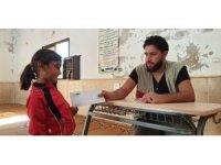 İdlib'teki yetimlere yardım