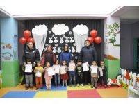 Şuhut'ta Anaokulu öğrencilerinin karne sevinci