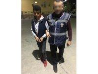 Oto teybi hırsızlığı şüphelisi tutuklandı
