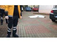 Kartal'da binanın 9. katından atlayan genç hayatını kaybetti