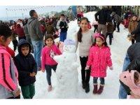 Sahilde 250 ton karla festival