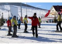 Bin öğrenci kayak eğitimi alacak