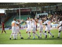 Süper Lig: Aytemiz Alanyaspor: 5 - Kayserispor: 1 (Maç sonucu)