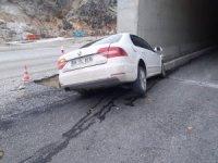 Erkenek Tüneli girişinde kaza: 3 yaralı