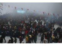 Kartepe'deki kar festivaline vatandaşlar akın etti