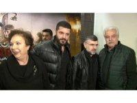 """""""Türkler Geliyor: Adaletin Kılıcı"""" filmi oyuncuları Sultanbeyli'de gösterime katıldı"""