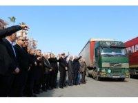 Mersin'den İdlib'e 17 yardım tırı dualarla yola çıktı
