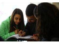 Aydınlı gençler etüt merkezleriyle hayallerine kavuşuyor