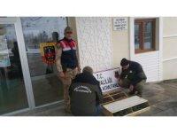 Van'da 75 Common Myna kuşu ele geçirildi