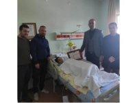 Tedavi gören öğrenci karnesini hastanede aldı