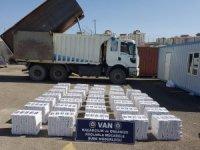 Van polisi 2019 yılında 1 milyon 297 bin paket kaçak sigara ele geçirdi