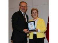 Prof. Dr. Kevser Erol, 36 yıl görev yaptığı ESOGÜ'den emekliliğe uğurlandı