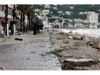 İspanya Gloria Fırtınası'na teslim