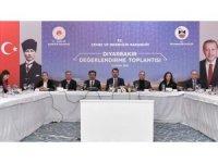 """Bakan Kurum Diyarbakır'da """"Değerlendirme Toplantısı""""na katıldı"""