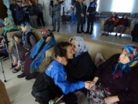 Toplum destekli polislerden huzurevi sakinlerine ziyarete