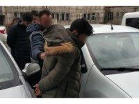 """""""Adın FETÖ'ye karıştı"""" deyip evdeki para ve altınları alan sahte polisler tutuklandı"""