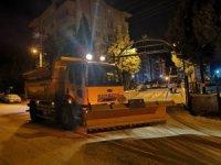 Bilecik'te ekipler kar mağduriyeti yaşanmaması için gece boyunca teyakkuzda kaldı