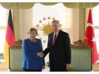 Cumhurbaşkanı Erdoğan ile Merkel'in görüşmesi başladı