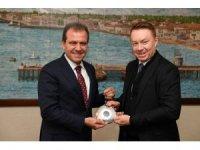 Avustralya Büyükelçisi Brown, Başkan Seçer ile bir araya geldi