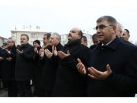 Türkiye İdliblilerin yaralarını sarıyor